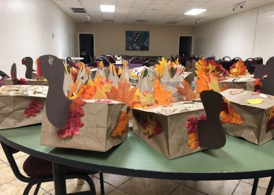 MoNBeCreative Thanksgiving Craft Party